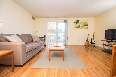 Condo/Townhouse Sold: 2 Post Oak Lane #11