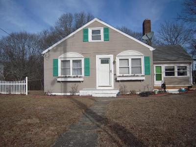 Attleboro Single Family Home For Sale: 45 Captain Courtois Dr.