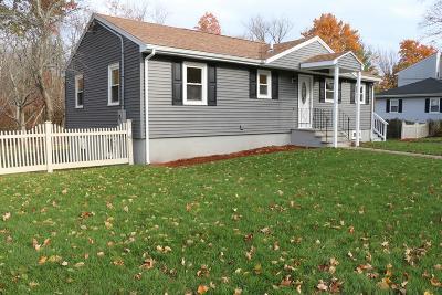 Lynnfield Single Family Home For Sale: 6 Carpenter Rd