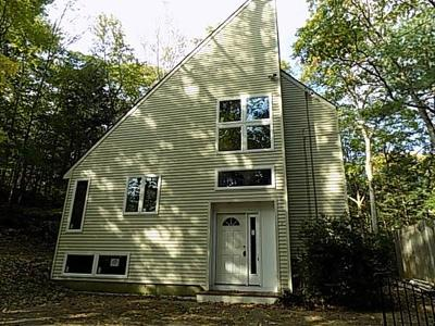 Manchester Single Family Home Price Changed: 132 Old Essex Rd