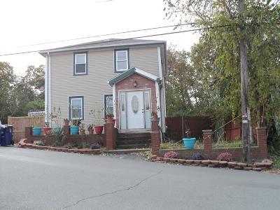 Revere Single Family Home For Sale: 192 Breedens Ln
