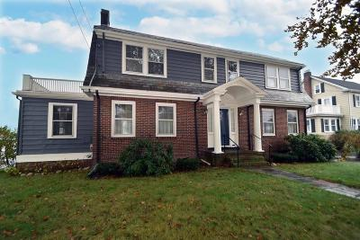 Watertown Single Family Home For Sale: 294 Common Street