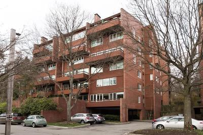 Condo/Townhouse For Sale: 241 Perkins Street #D-605
