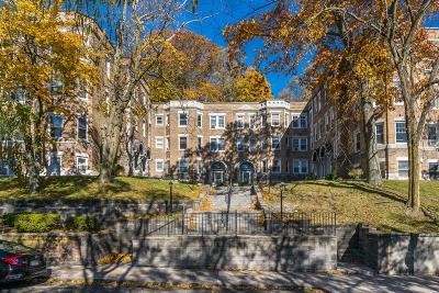 Brookline Condo/Townhouse For Sale: 15 Westbourne Ter #1