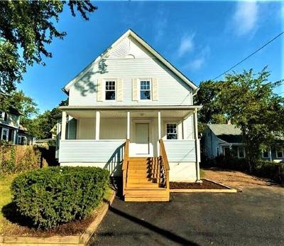 RI-Kent County Single Family Home For Sale: 73 Whipple Ave.
