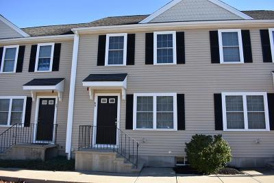 Rockland Condo/Townhouse Contingent: 89 Boxberry Ln #89