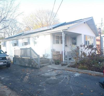 Brockton Single Family Home For Sale: 31 Sprague Ave
