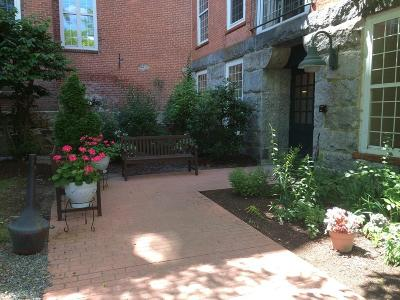 RI-Providence County Condo/Townhouse For Sale: 2 School St #221