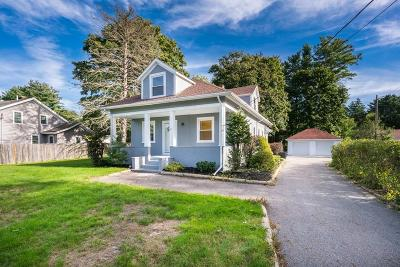East Bridgewater Single Family Home For Sale: 127 Belmont St
