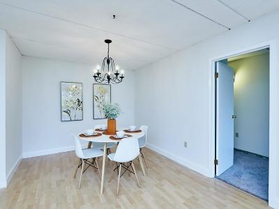 Framingham Condo/Townhouse Under Agreement: 1550 Worcester Road #102