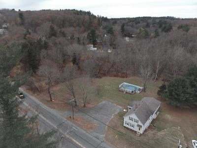 Methuen, Lowell, Haverhill Single Family Home For Sale: 558 Amesbury Rd