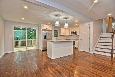 Holliston Single Family Home For Sale: 75 Wilkins Rd