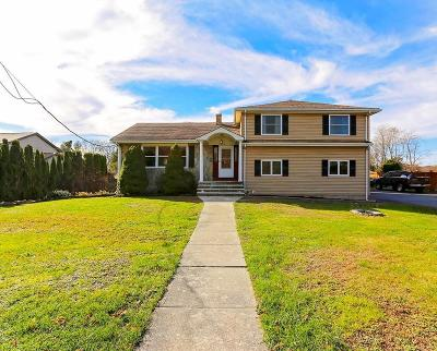 Somerset MA Single Family Home Price Changed: $530,000