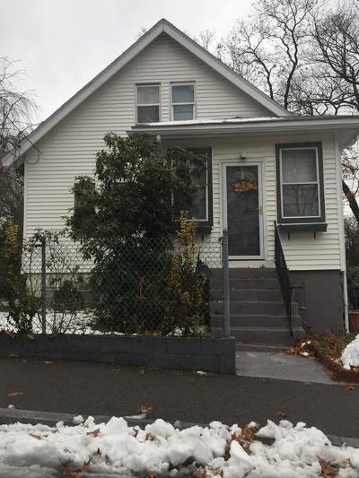 Single Family Home For Sale: 8 Taunton