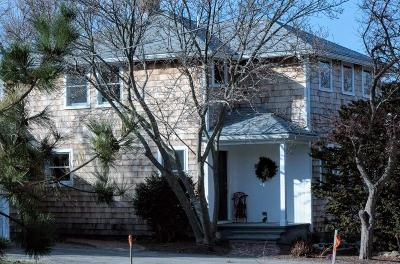 Scituate Single Family Home For Sale: 45 Wood Ave.