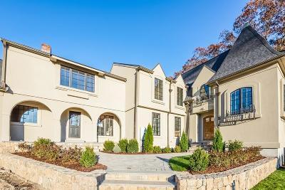 Belmont Single Family Home For Sale: 15 Saint James Court