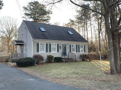Barnstable Single Family Home For Sale: 120 Blueberry Ln