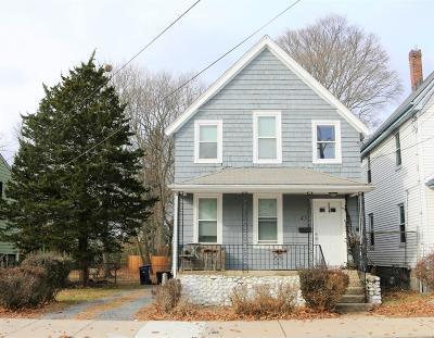 Single Family Home For Sale: 45 Washington St
