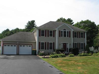 North Attleboro Single Family Home For Sale: 27 Huntsbridge Rd