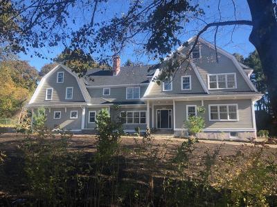 Milton Single Family Home For Sale: 16 Hallen Ave