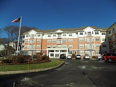Hudson MA Condo/Townhouse For Sale: $244,900