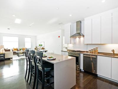 Condo/Townhouse For Sale: 30 B St #208