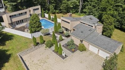 Duxbury Single Family Home For Sale: 52 School St