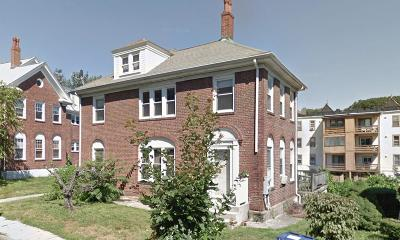 Multi Family Home Under Agreement: 113-115 Lanark