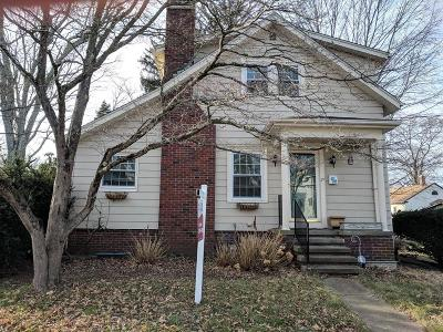Attleboro Single Family Home For Sale: 21 Tappan Ave