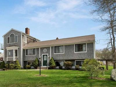 Bourne Single Family Home For Sale: 2 Farnum Rd