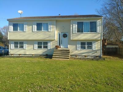 RI-Kent County Single Family Home For Sale: 150 Palmer Avenue