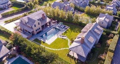 MA-Nantucket County Single Family Home For Sale: 5 Hedgebury Lane