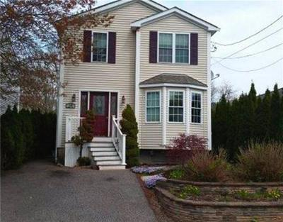 RI-Bristol County Single Family Home For Sale: 24 Goulart Ave