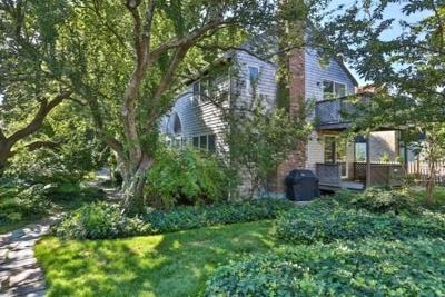 Provincetown Condo/Townhouse For Sale: 176 Bradford #2