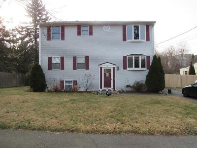 Danvers Single Family Home For Sale: 21 Vista Dr