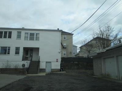 Fall River Multi Family Home For Sale: 434 Alden St
