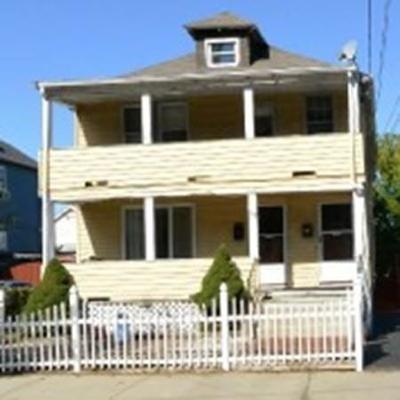 Everett Multi Family Home Under Agreement: 52 Fuller St