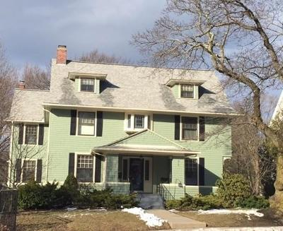 Worcester Single Family Home For Sale: 915 Pleasant Street