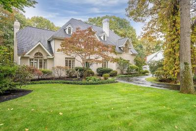 Shrewsbury Single Family Home For Sale: 20 Saxon Lane