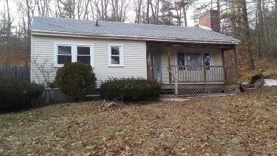Hopkinton Single Family Home Contingent: 147 Wood St