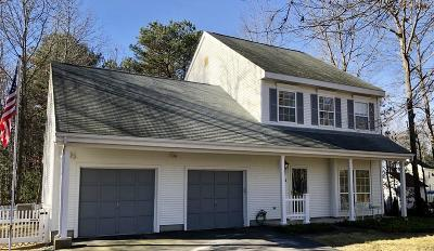 Foxboro Single Family Home For Sale: 204 Independence Drive