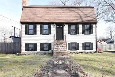 Marshfield Single Family Home For Sale: 21 McCarthy Rd