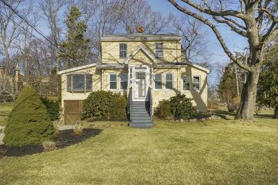 Hingham Single Family Home For Sale: 9 Meadow Rd