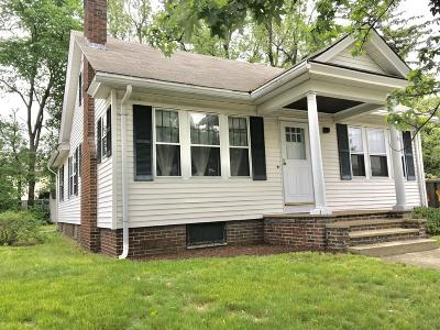 RI-Providence County Single Family Home For Sale: 18 Welfare Ave