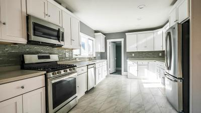 Somerville Condo/Townhouse For Sale: 67 Garrison Ave #2