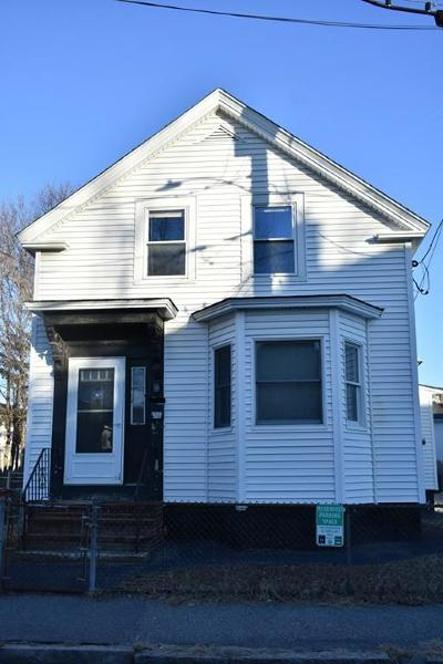 Lowell Single Family Home For Sale: 94 Dover St