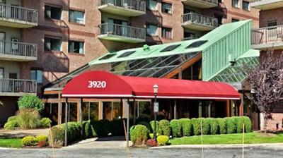 Medford Condo/Townhouse For Sale: 3920 Mystic Valley Pkwy #1119