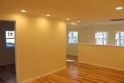 Billerica Single Family Home For Sale: 15 Garrison St