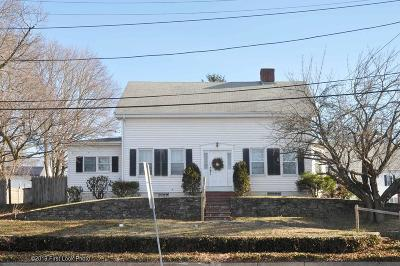 Seekonk Single Family Home For Sale: 626 Fall River Ave