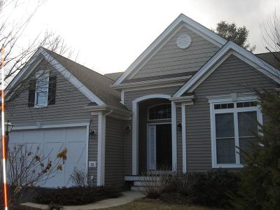 Plymouth Single Family Home For Sale: 35 Red Leaf